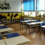 31 săli de clasă